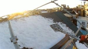 7寸勾配屋根の雪降ろし