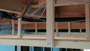 2階床下エアコン野縁吊り木