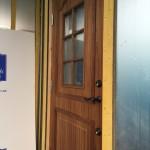 【作業者目線】断熱木質玄関ドアのドアクローザ取り付け取り付け
