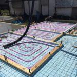 「蓄熱式床暖房システム導入JV」、蓄熱コンクリート打設を行いました