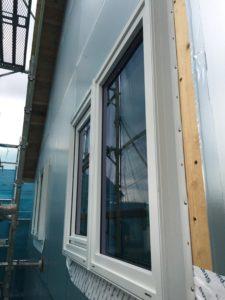樹脂フレームトリプルガラス窓取付