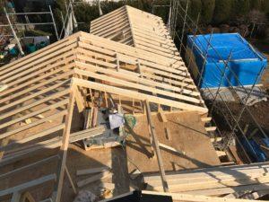 2×4工法 平屋部屋根組み南東方向状況