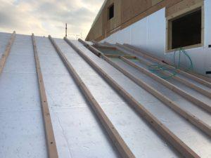 二重屋根 通気垂木せい 60mm