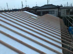 二重屋根 通気垂木並べ 本日の作業終了