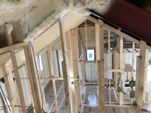 エコエア90 2基目屋根裏設置状況
