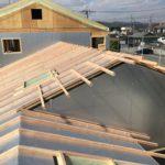 屋根通気垂木並べから二層目の野地板敷きの作業の流れ動画を作成しました