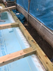 土台上面・屋内側面 ホウ酸塩水溶液塗布状況